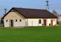 TRWA TRZECI ETAP PRZEBUDOWY STADIONU SPORTOWEGO W BRUDZOWICACH