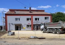TRWAJĄ PRACE REMONTOWO-BUDOWLANE W BUDYNKU REMIZY OSP W BRUDZOWICACH - II ETAP