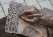 ŁAWECZKA HADYNY I PYZIKA STANĘŁA NA SIEWIERSKIM RYNKU